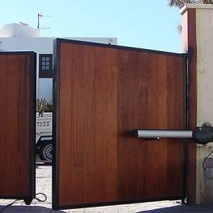 Puertas batientes automáticas