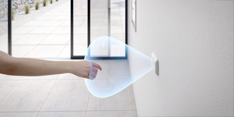 Pulsadores con sensor de apertura automática sin contacto